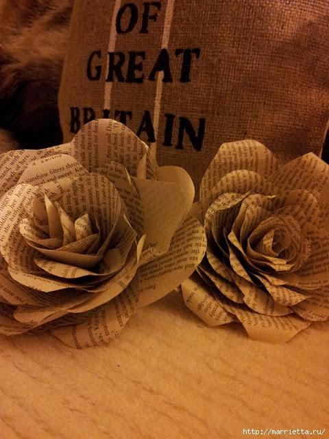 Розы из книжных и печатных страниц (8) (480x640, 225Kb)