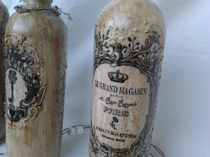 Винтажные винные бутылки (1) (700x525, 258Kb)