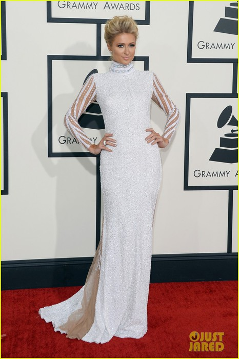 paris-hilton-grammys-2014-red-carpet-01 (466x700, 74Kb)