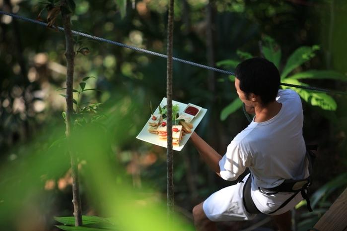 4-Ресторан на дереве. остров Ко Куд в Таиланде (700x466, 192Kb)