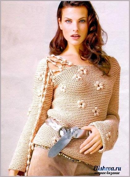 1390722195_izyskannyy-pulover-s-cvetkami-vyazanyy-spicami (420x572, 114Kb)