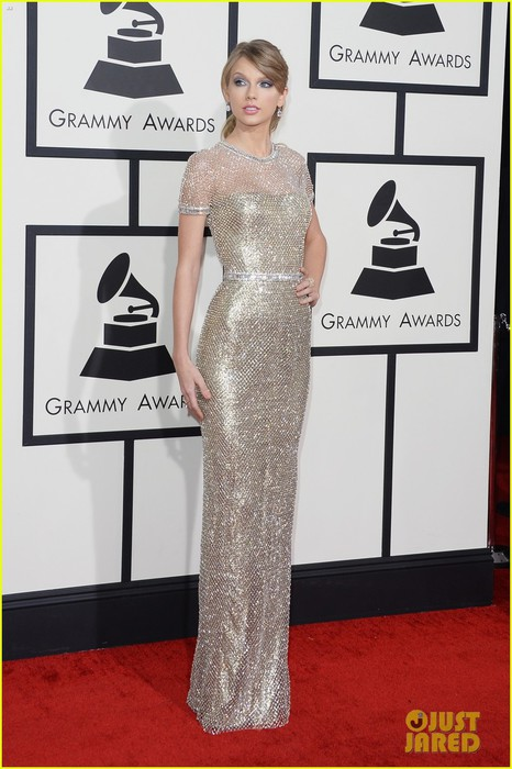taylor-swift-grammys-2014-red-carpet-04 (466x700, 83Kb)