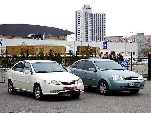 Chevrolet Lacetti  vs Daewoo Gentra.