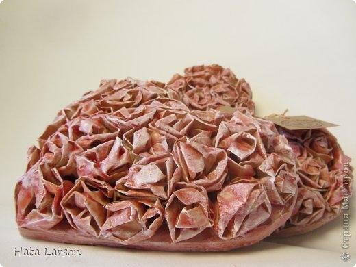 Валентинки из прищепки и бумажных розочек со свечной обработкой (4) (520x390, 104Kb)