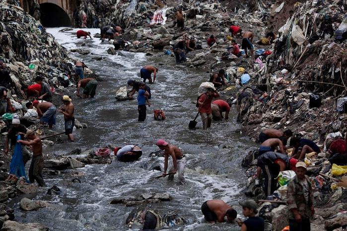 мусорная свалка в гватемале фото 4 (700x465, 473Kb)