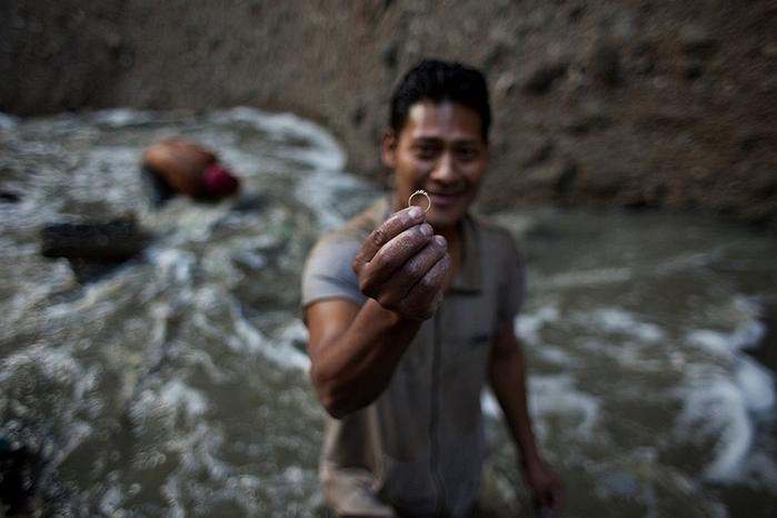 мусорная свалка в гватемале фото 7 (700x466, 263Kb)