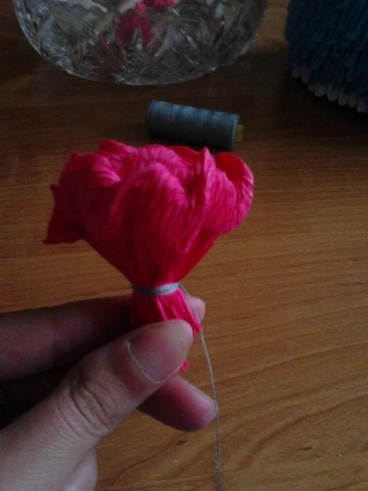 Розовый слон из розочек. Мастер-класс (32) (525x700, 221Kb)