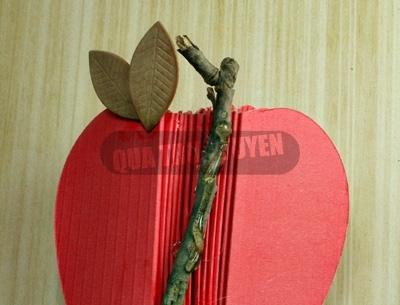 Яблочки из картона. Мастер-класс (8) (400x305, 86Kb)