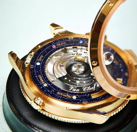 золотые часы Van Cleef & Arpels 5 (570x550, 241Kb)