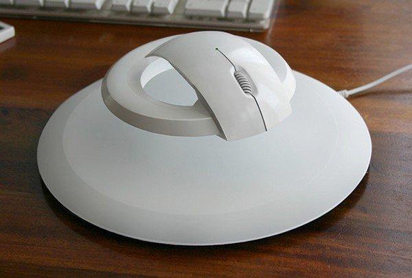 Левмтирующая комп. мышь 2 (600x406, 35Kb)