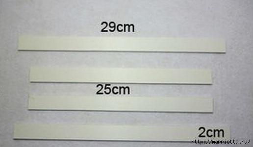 Панно с сердцем из бумажных розочек (11) (516x300, 54Kb)