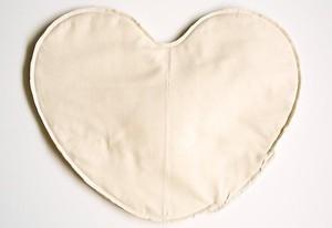Как сшить подушку ВАЛЕНТИНКУ. Выкройка валентинки (6) (300x206, 22Kb)