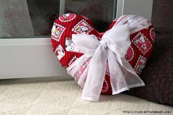 Как сшить подушку ВАЛЕНТИНКУ. Выкройка валентинки (8) (600x400, 151Kb)