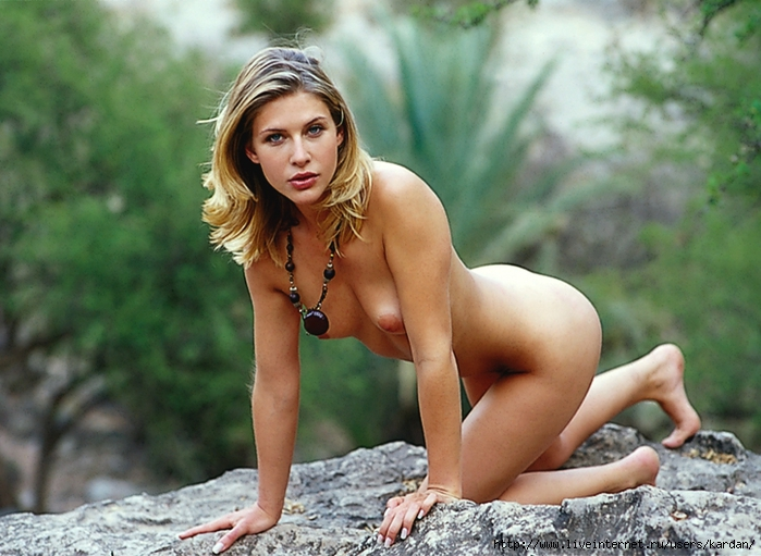 http://img1.liveinternet.ru/images/attach/c/10/109/735/109735831_large_ccde_PM199912_Sarah_Wal033.jpg