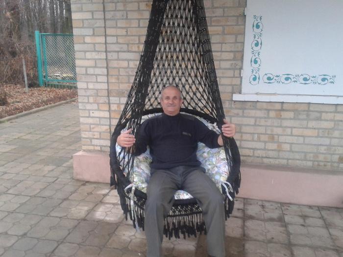 Вязала я это кресло 2 недели