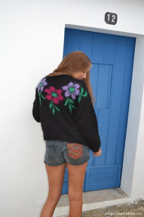 Роза на плече. Цветочная идея для вязаного пуловера (12) (466x700, 149Kb)