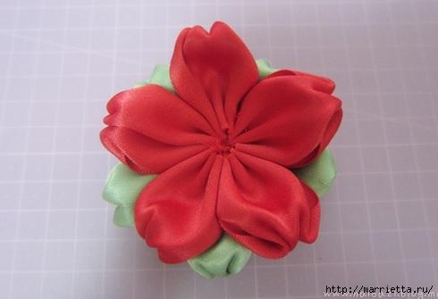 цветочки из ленточек для заколки (10) (490x335, 72Kb)