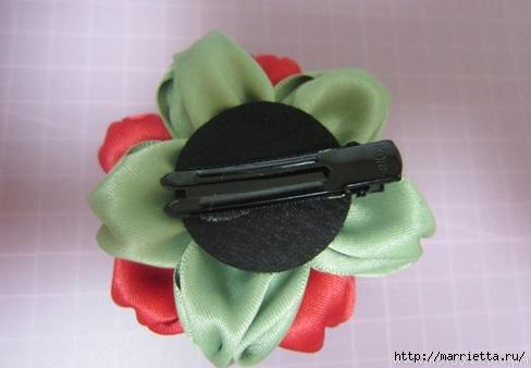 цветочки из ленточек для заколки (14) (488x338, 77Kb)