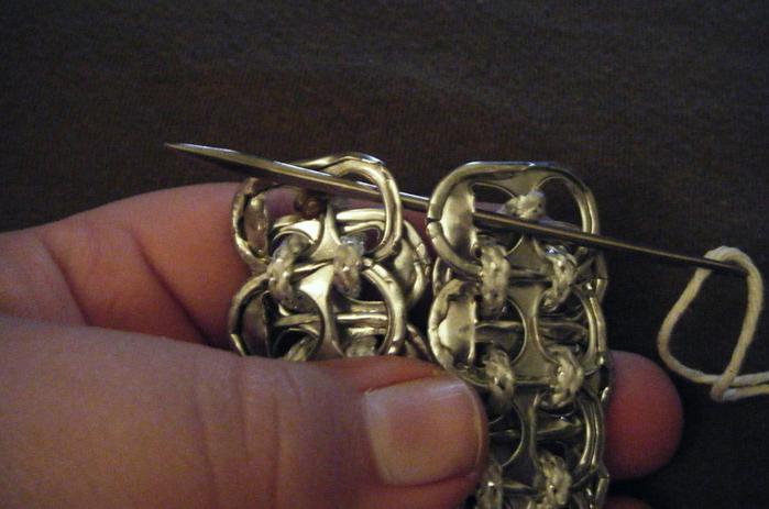 Стильные сумочки из баночных ключей (20) (700x463, 469Kb)