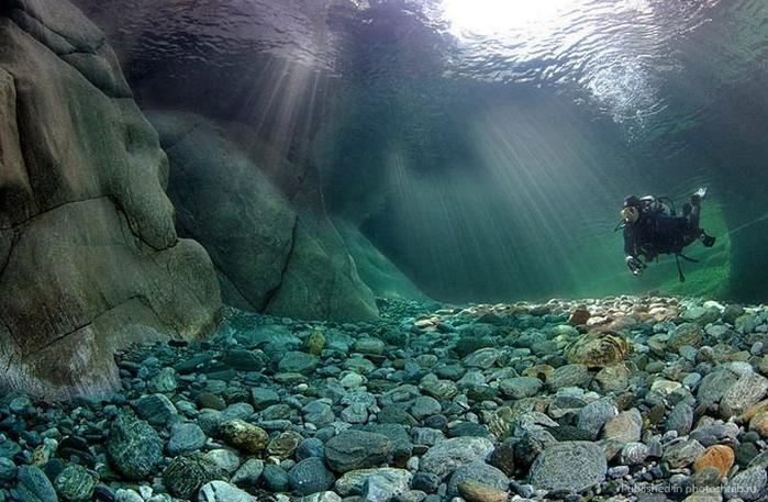 горная река верзаска швейцария фото 2 (700x457, 362Kb)