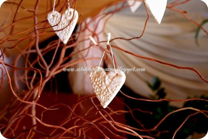 кружевные сердечки-подвески (4) (700x468, 215Kb)
