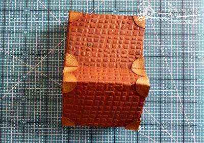 Скрапбукинг. Чемодан из фактурного картона (16) (400x282, 146Kb)
