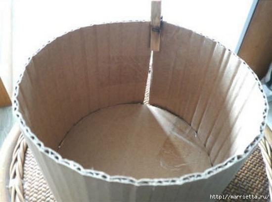 Из картона. Круглая коробочка для рукоделия (2) (550x410, 102Kb)
