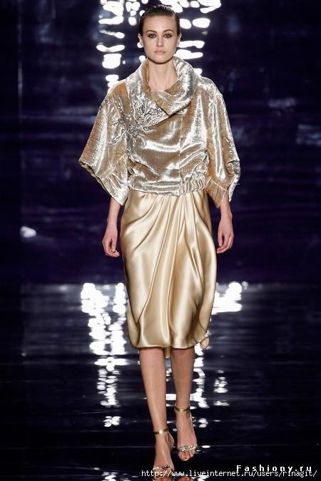 large золотое платье (450x675, 172Kb)