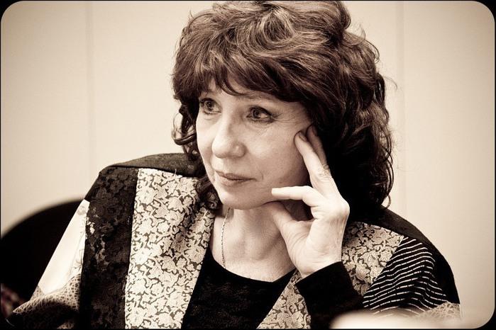 Елена Камбурова приглашает (700x466, 101Kb)