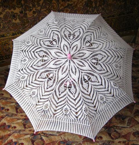 Этот красивый вязаный зонтик я