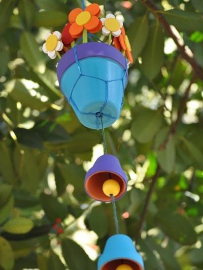 Цветочный мобиль из горшочков и цветов из фоамирана (1) (400x533, 109Kb)