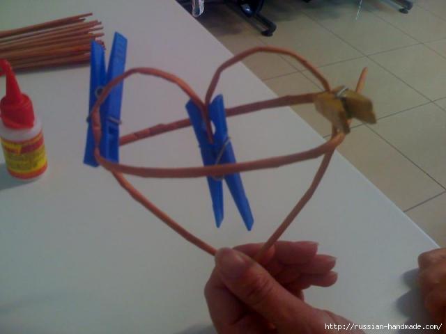 Объемное сердце из газетных трубочек и проволоки. Мастер-класс (8) (640x480, 79Kb)