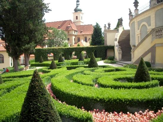 сад Прага 14 (550x413, 262Kb)