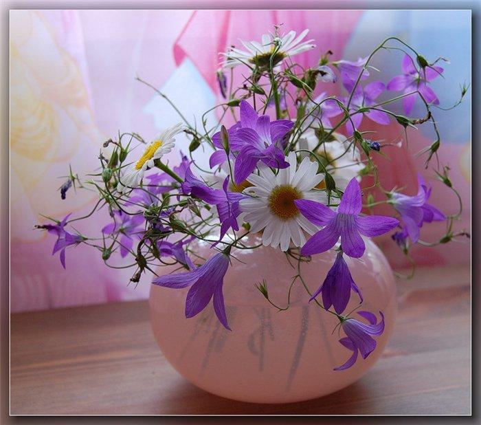 Открытка цветы в вазе