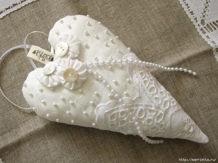 Текстильные сердечки. Большая коллекция очень красивых валентинок (53) (700x525, 332Kb)