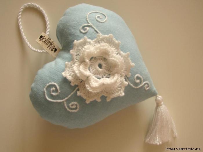 Текстильные сердечки. Большая коллекция очень красивых валентинок (67) (700x525, 145Kb)