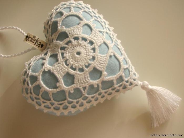 Текстильные сердечки. Большая коллекция очень красивых валентинок (69) (700x525, 162Kb)