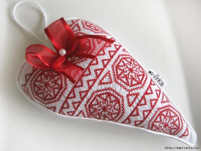Текстильные сердечки. Большая коллекция очень красивых валентинок (74) (700x525, 225Kb)