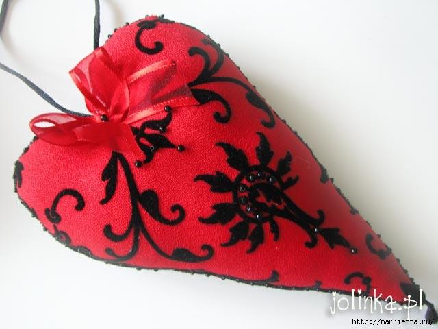 Текстильные сердечки. Большая коллекция очень красивых валентинок (76) (640x480, 126Kb)