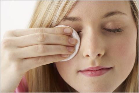 Снять макияж правильно – легко! (1) (480x321, 75Kb)