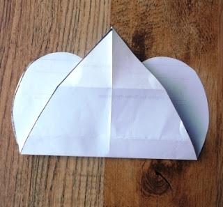 Джинсовые идеи. Органайзер в форме сердца для рукоделия (15) (320x297, 65Kb)