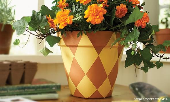 Шахматный декор глиняного горшка для цветов. Мастер-класс (1) (590x353, 134Kb)