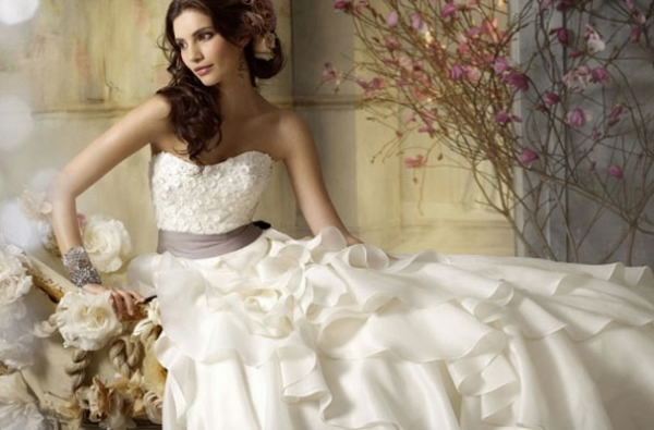 bride_featured.1jpg (600x395, 107Kb)