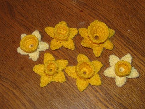 Цветы крючком. НАРЦИСС (1) (500x375, 226Kb)