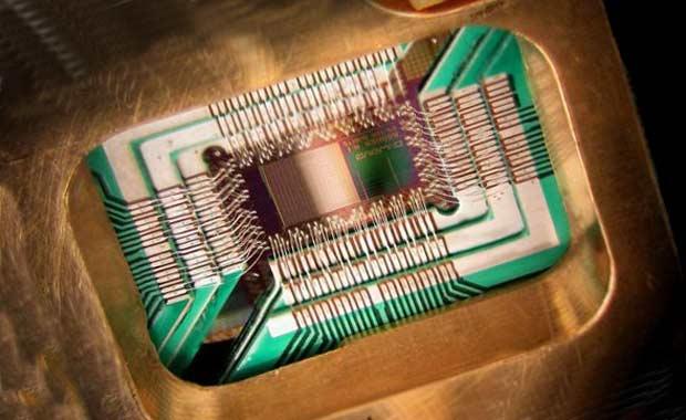 kvantovyj-kompyuter-2013-67A20E3C3CA1BB4ADA56A2EFC7179CE6 (620x380, 120Kb)