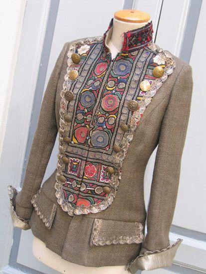 Переделка старых вещей в модные комбинирование своими