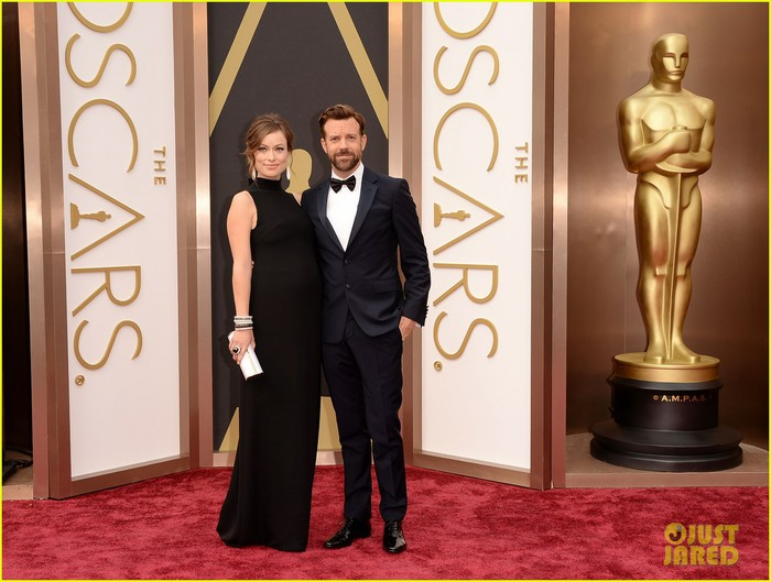 olivia-wilde-bares-baby-bump-on-oscars-2014-red-carpet-with-jason-sudeikis-03 (700x529, 89Kb)
