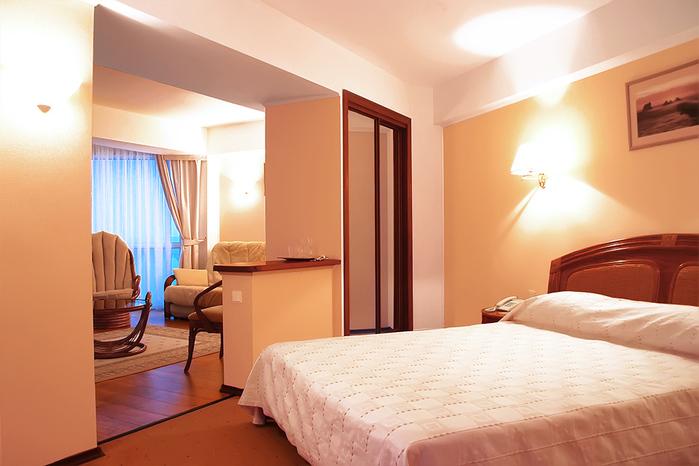 ����� �������. ����� ����/5325550_hotelarcadiacrimearoom05 (700x466, 165Kb)