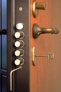 Замки на двери, мебель и сейфы от компании Систем-Кей (6) (250x374, 54Kb)