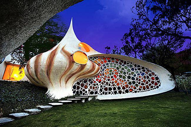 216233-strange-house--nautilus-house-mexico-city-mexico (650x433, 362Kb)
